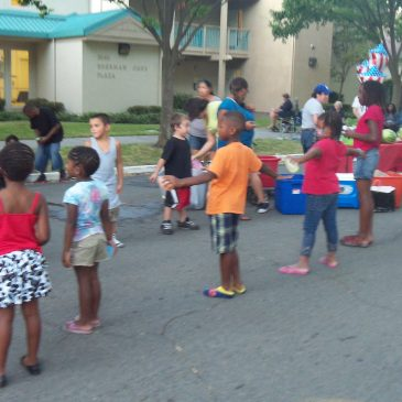 2011 National Night Out – 1st Av and Y St, Oak Park, Sacramento