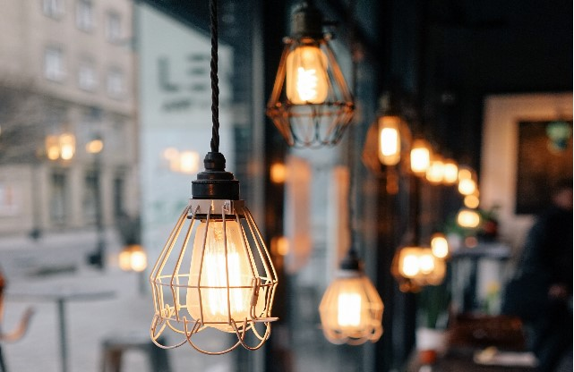 9 Reasons Every Landlord Must Get This Bulb